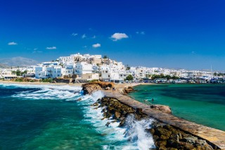 plaka rent a car naxos town